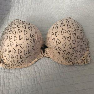 (Body) Victoria's Secret bra 38D